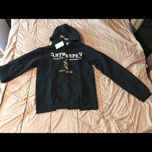 Other - Vetements AW17 hoodie (L but fits like a medium)